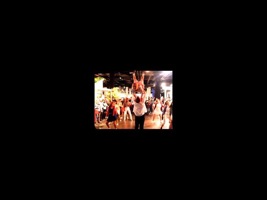 TOUR - Dirty Dancing -Flash Mob - square - 3/15